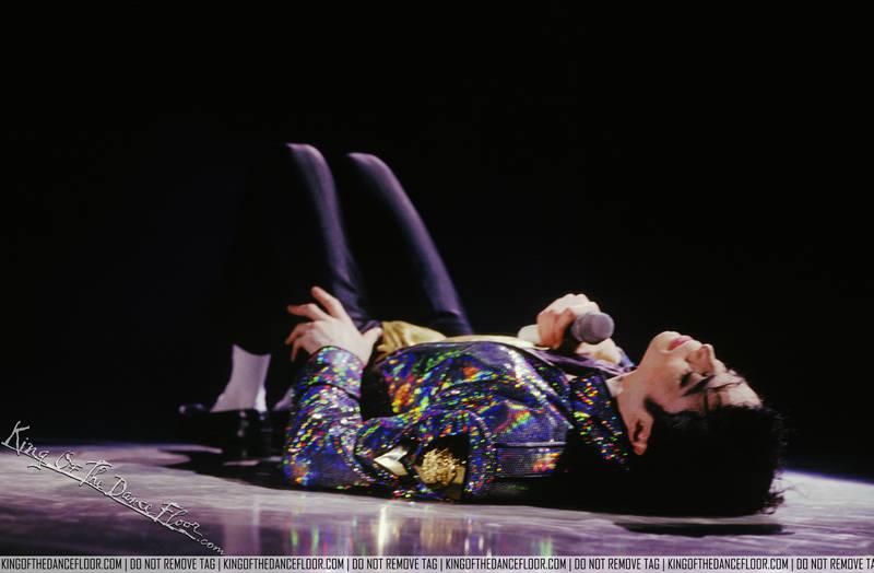 Dangerous World Tour (Información, Fotos y Videos)  B4ipizev