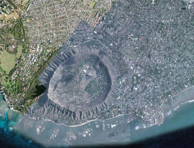 Krater Diamond Head 8